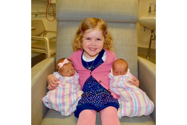 Hyperemesis Gravidarum worse with twins