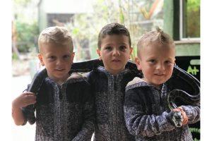 triplet natural birth