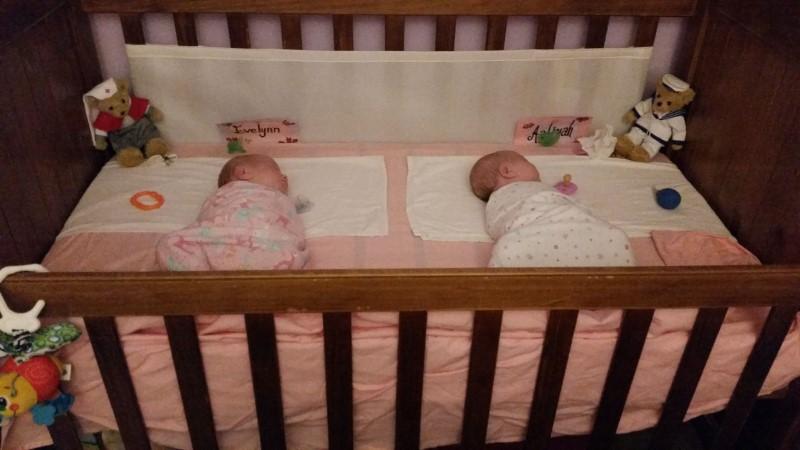 Twins born at 32 weeks | Fraternal/Identical DCDA twin girls