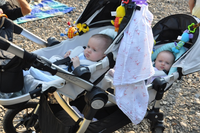 pram or capsules for twins