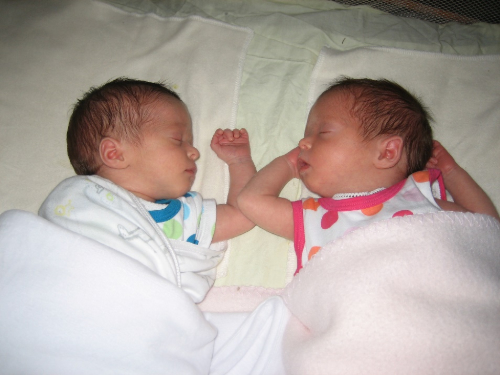 separating twins for sleep