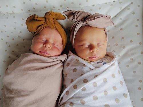 twin calm birth