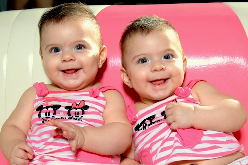 twins born 34 weeks