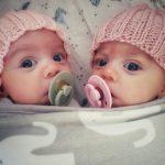 twins using dummies
