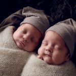 Can twins be born on different days
