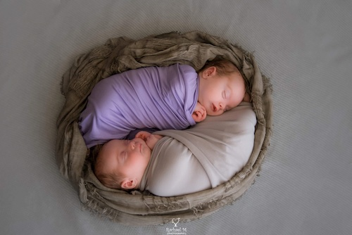 twins born at 30 plus 5 weeks