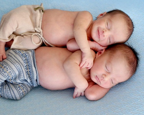 A drug free natural twin birth