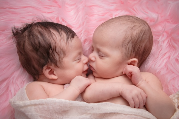 choosing names for twins