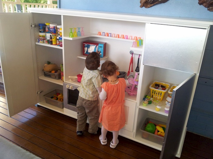 choosing toys for twins